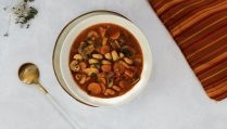 Winterliche Minestrone Suppe