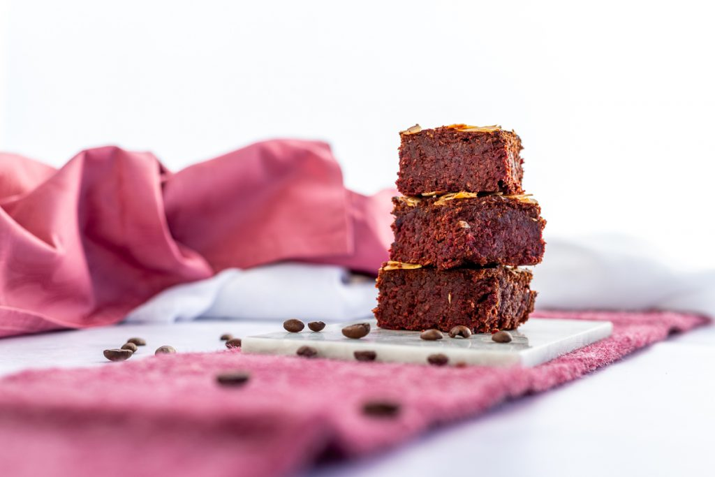 Low carb Brownies mit Roter Bete