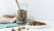 Pikantes low carb Granola