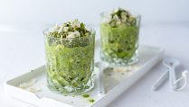 Low carb Overnight Oats mit Matcha (vegan & glutenfrei)